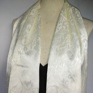 PURE White Paisley Scarf #hundredsofscarves